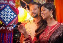 Vatsal Sheth, Ishita Dutta go kandil shopping to support local business
