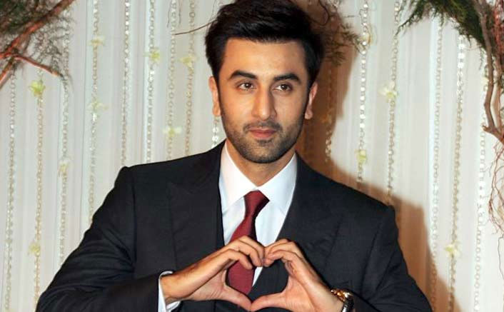When Ranbir Kapoor's Girlfriend Was Crying In A Corner At A Party!