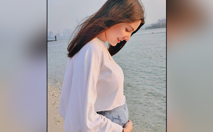 Anushka Sharma Looks Heaven-Sent Angel In Her Latest Instagram Upload Flaunting Her Baby Bump; Check Out