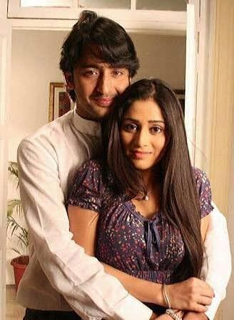 Barun Sobti-Sanaya Irani To Shilpa Anand-Karan Singh Grover, 5 TV Couples We Want Back