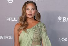 "Chrissy Teigen On Her Miscarriage: ""I Love Being Pregnant, So So Much, & I'm Sad I Never Will Be Again"""