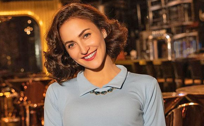 Elli AvrRam garners 4 million Instagram followers