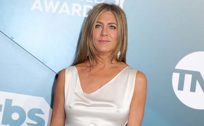 Jennifer Aniston Faces Heat For Sharing COVID-19 Themed Christmas Ornament
