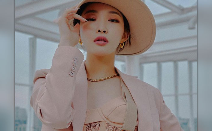 K-Pop Singer Chungha Tests COVID-19 Positive, Check Out Her Emotional Letter To Fans!