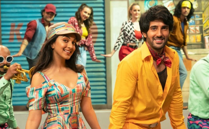 Kiara Advani and Aditya Seal go retro for Indoo Ki Jawani song - Dil Tera