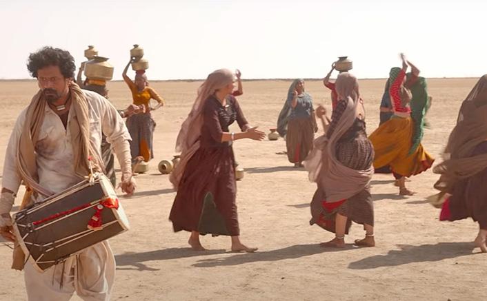 Koimoi Recommends National Award Winning Film Hellaro Starring Shraddha Dangar