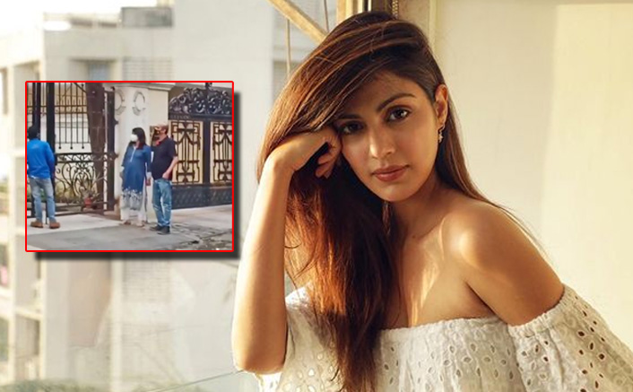 Rhea Chakraborty's Parents Spotted House-Hunting In Khar