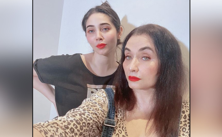 Salma Agha's Daughter Zara Khan Registers A Complaint About Getting Rape Threats