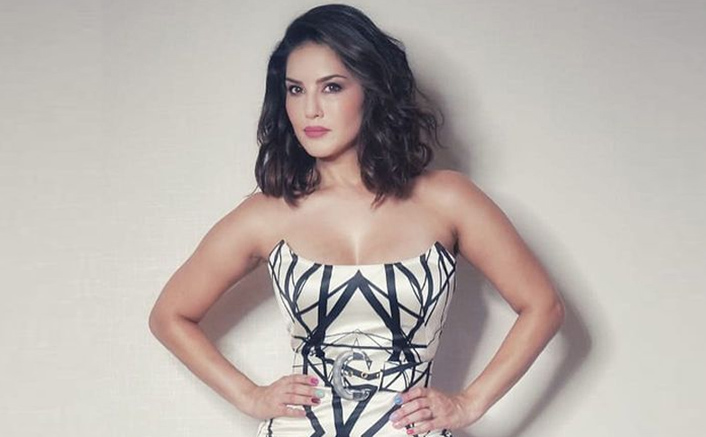 Sunny Leone Is Svelte & Stunning In New Post