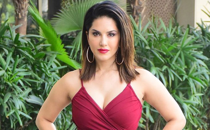 Sunny Leone shares Xmas and New Year wishes for fans