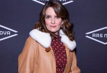 Tina Fey says she saved a man's life during pandemic
