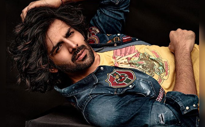 After ending the year with a #Dhamaka, Kartik Aaryan kickstarts the new year with his first shoot
