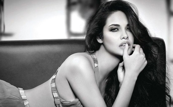 Esha Gupta looks drop-dead gorgeous in monochrome pic