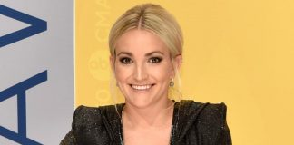 "Jamie Lynn Spears Explains Her Comment About Tesla & Elon Musk Being ""A Secret Cat Killer"""