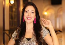 Munmun Dutta & Her Slo-Mo Walk On Tu Lagdi Ferrari Will Skip Your Heartbeat!