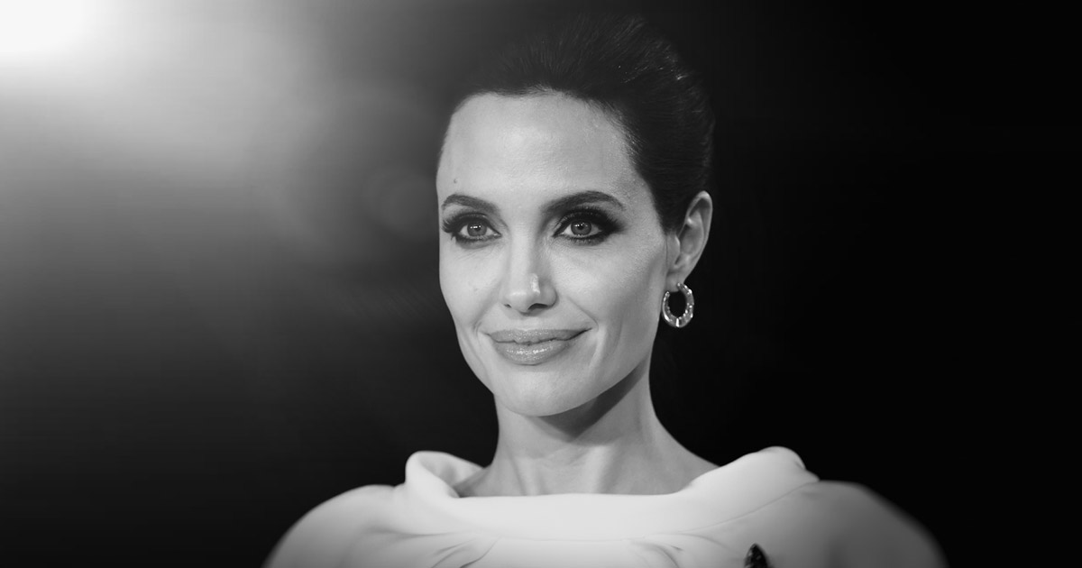 Angelina Jolie & Valentino Is A Match Made In Heaven, Check Out
