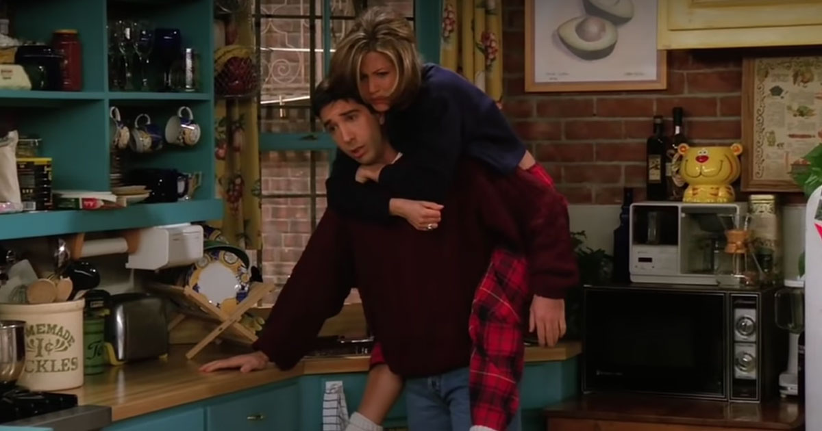 FRIENDS: Here Is Why Fans Think That Ross & Rachel Were Cursed