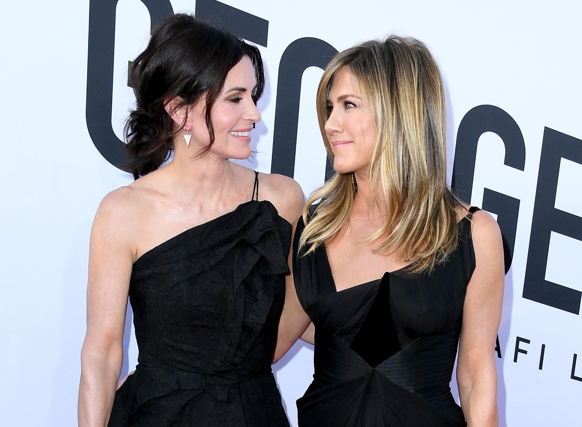 Jennifer Aniston & Courteney Cox