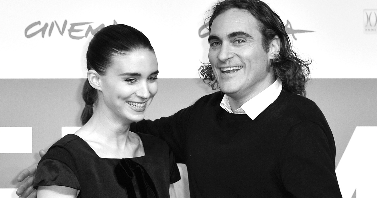 Joaquin Phoenix Gives Out The First Glimpse Of His Son 'River' & He's A Little Piece Of Heaven, Check Out