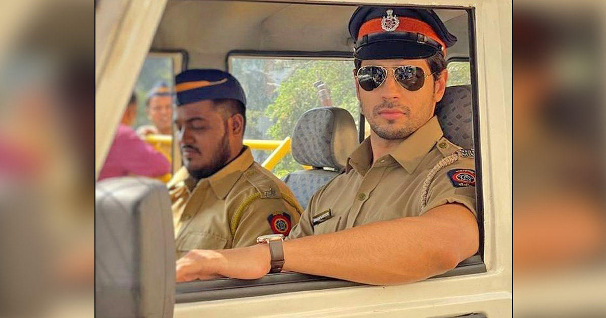 Sidharth Malhotra Dressed Up Like A Cop For Indra Kumar's Thank God; Jokes That He Is Off To See Rohit Shetty!