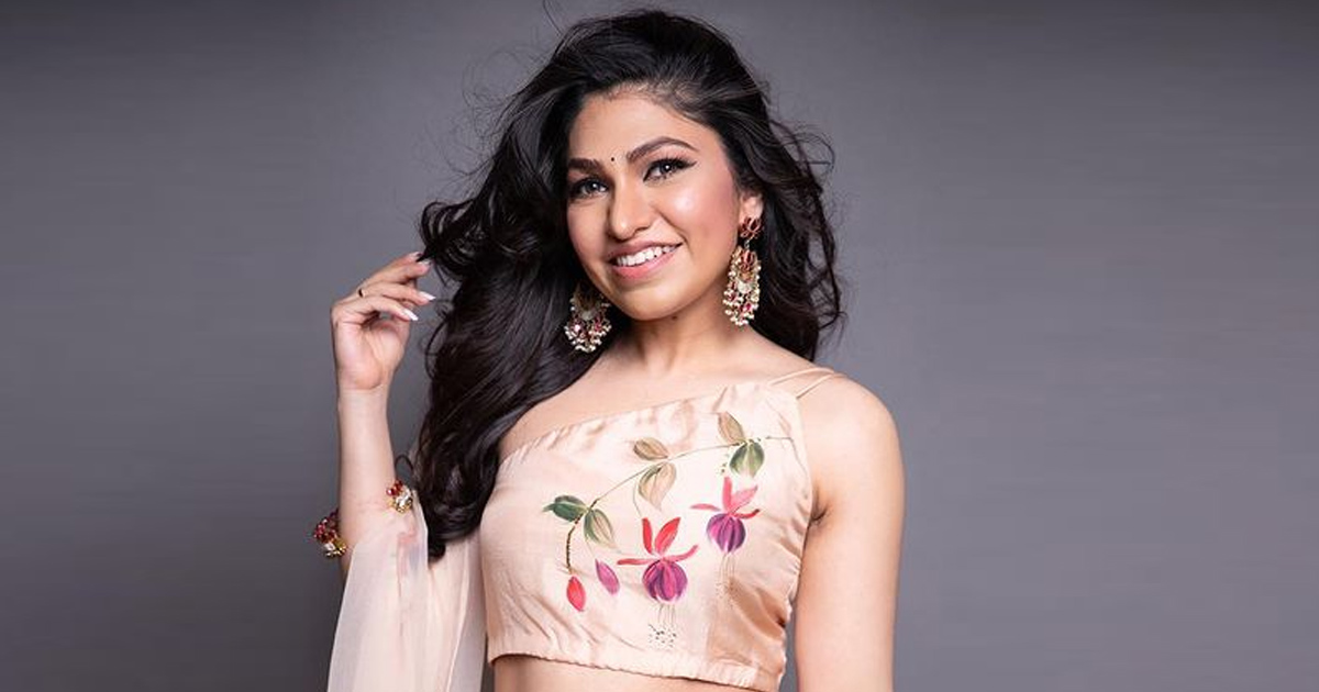 Singing Sensation Tulsi Kumar turns host for the first time with Indie Hain Hum season 2