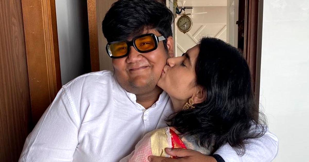 Taarak Mehta Ka Ooltah Chashmah: 'Rita Reporter' Priya Ahuja Hugs & Kisses 'Goli' Kush Shah In Her Recent Instagram Upload, Check Out