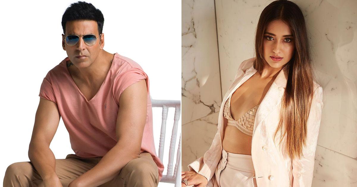 Akshay Kumar Flirting With Ileana D'Cruz