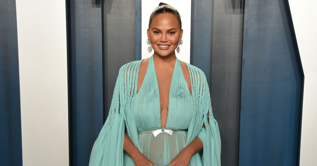 """Chrissy Teigen Tweets Her Exit From Twitter, Writes """"It's Time For Me To Say Goodbye"""""""