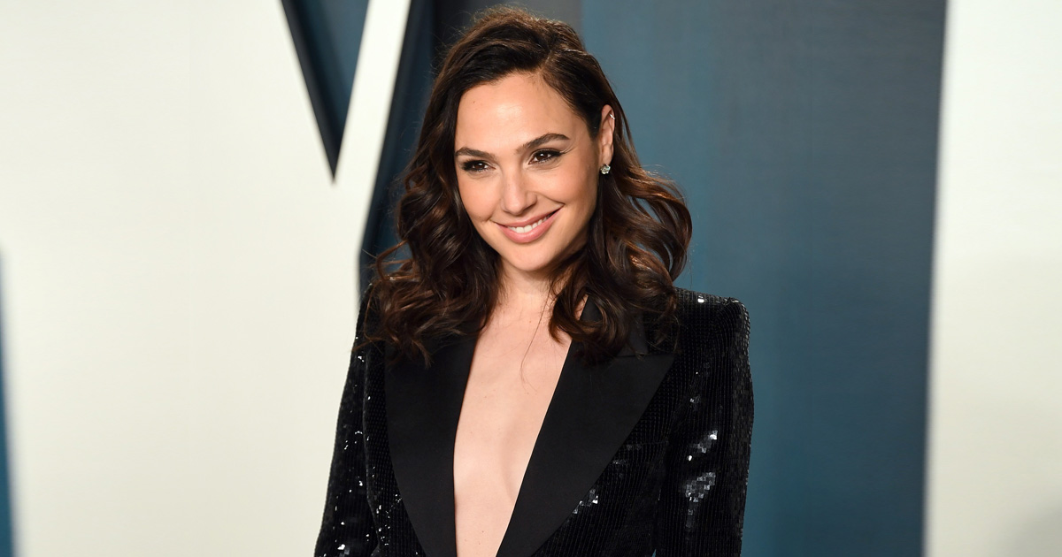 Gal Gadot Is Turning Mom For The Third Time; Debuts Her Baby Bump Via An Instagram Post