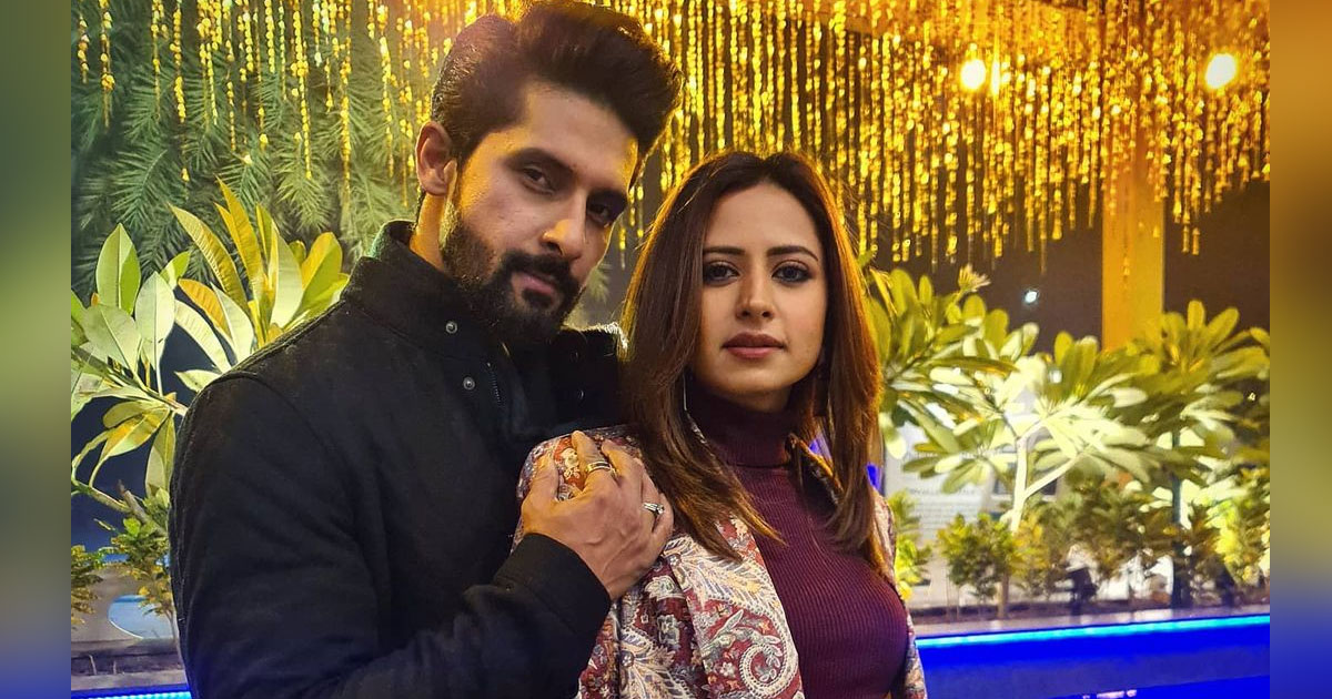 Ravi Dubey Shares A Picture With Sargun Mehta From 12/24 Karol Bagh Revealing An Interesting Anecdote