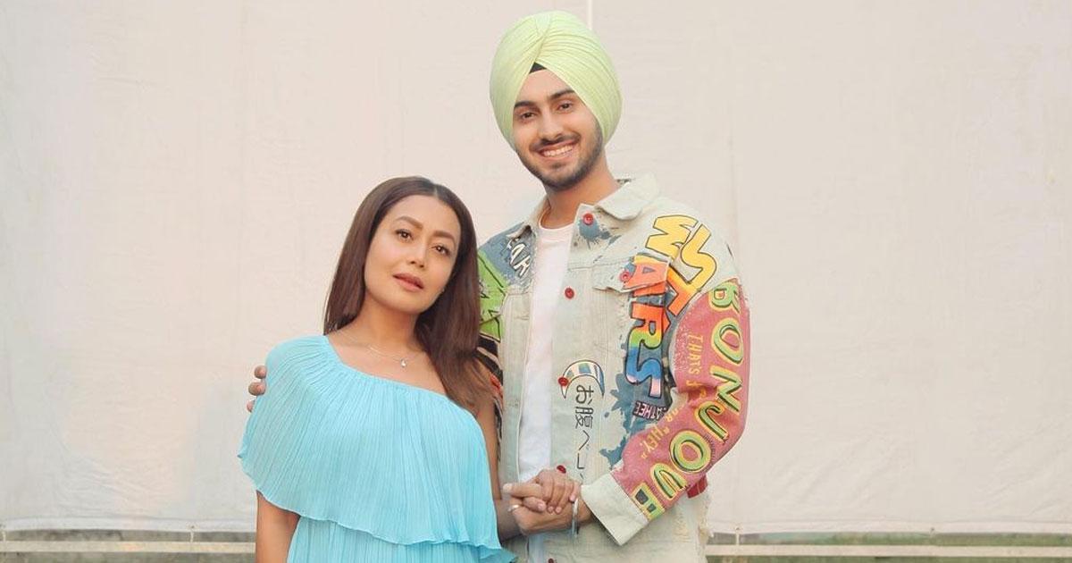 Rohanpreet Singh Goes 'Uff' As Neha Kakkar Stuns In A Saree