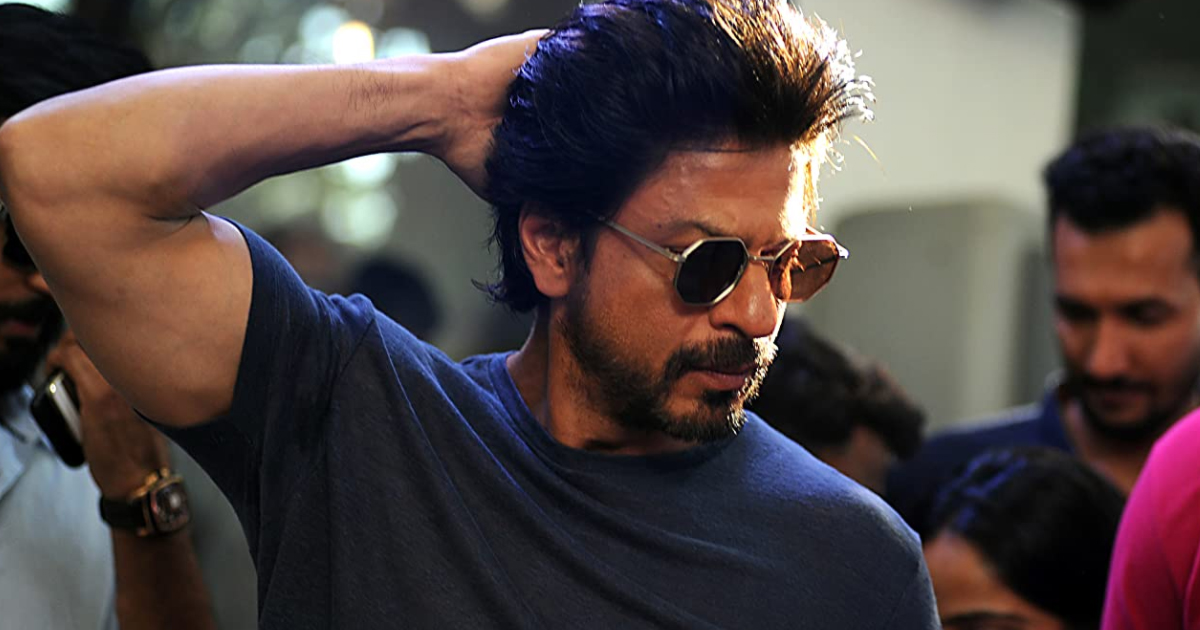 Shah Rukh Khan Has An Epic Reply To A Fan Asking About His Underwear Colour