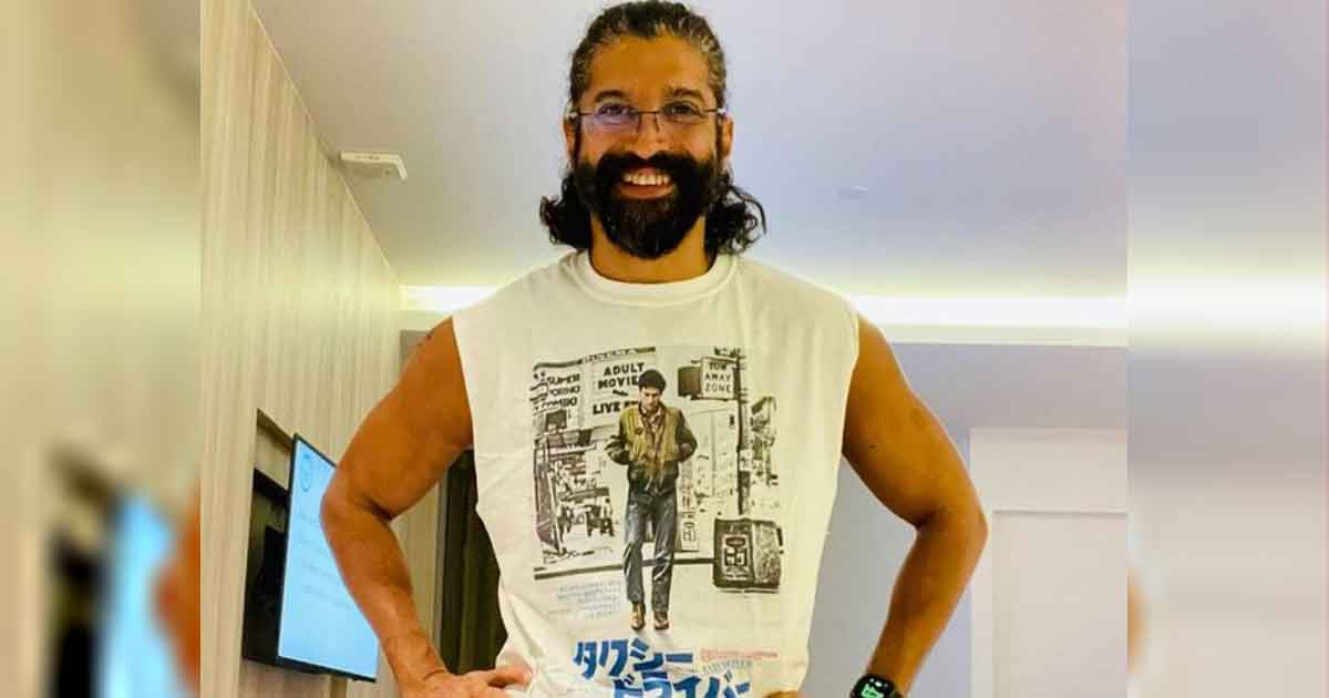 Farhan Akhtar Gives It Back To A Netizen Who Tried Troll Him Over COVID-19 Vaccine