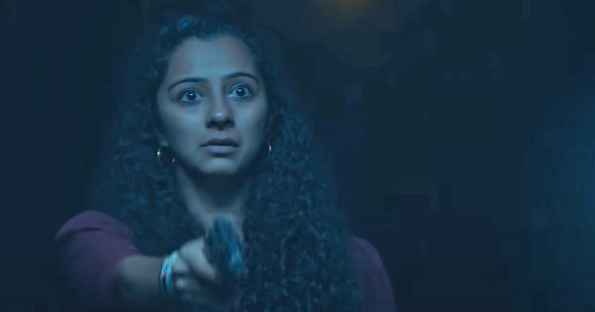 Irul Movie Review Starring Fahadh Faasil, Darshana Rajendran & Soubin Shahir