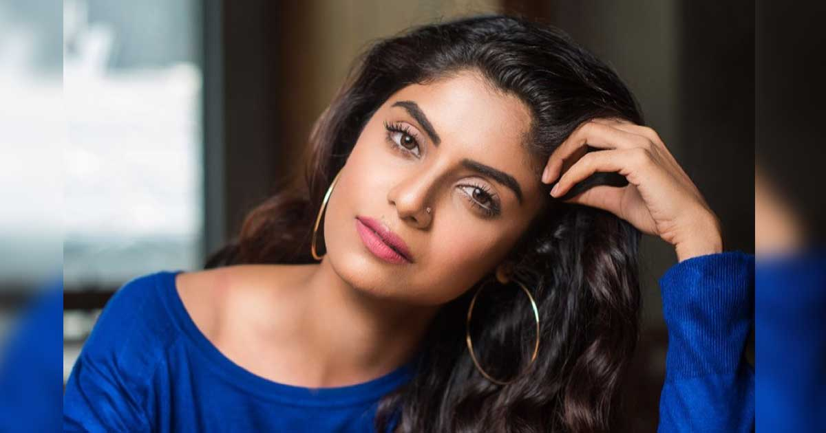 Mahabharat Actress Sayantani Ghosh Asked About Her Bra Size During Live Session; Slams 'The Size Mentality'