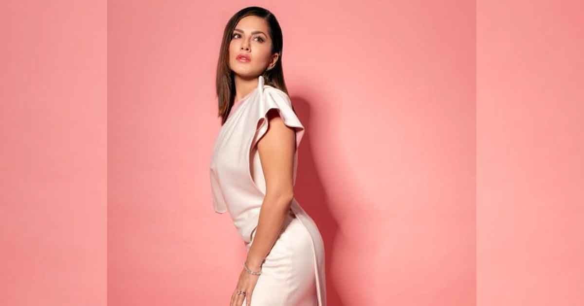 Sunny Leone Is Sad As She's 'Forced To Go Back Home' Because Of Lockdown, Read On