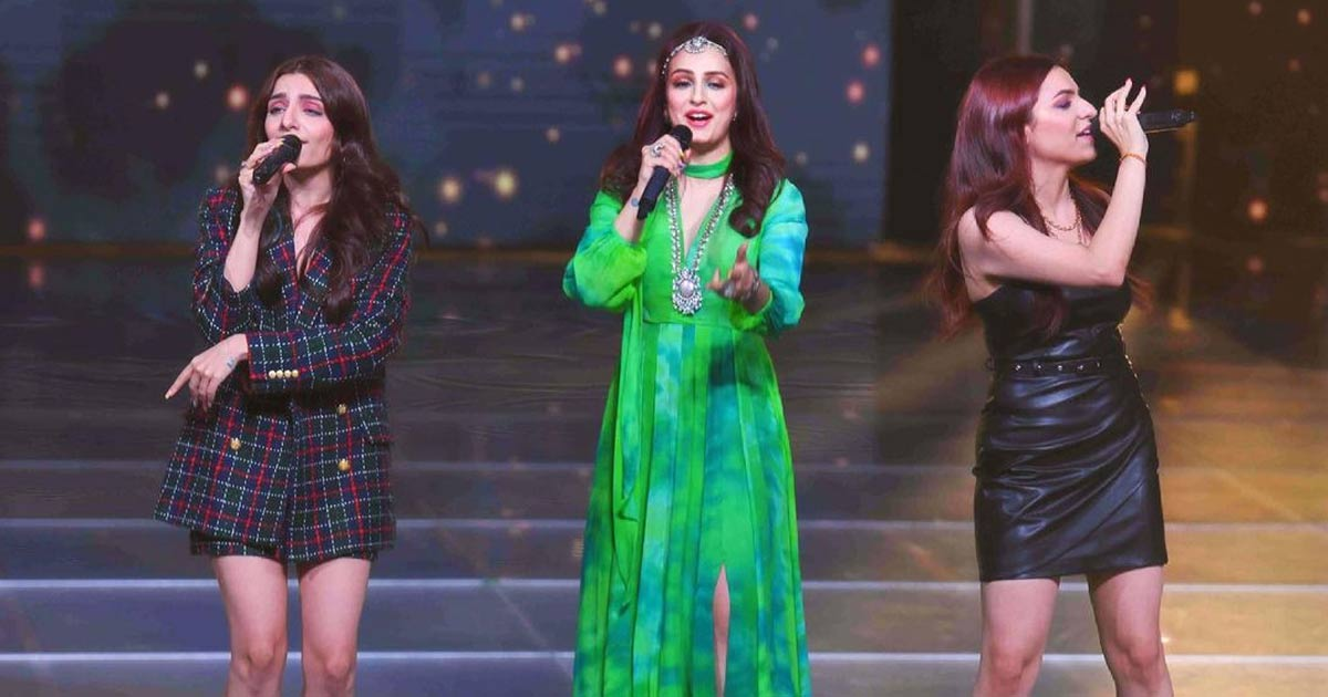 Akriti Kakar Gets Teary-Eyed On The Sets Of The Show Indian Pro Music League