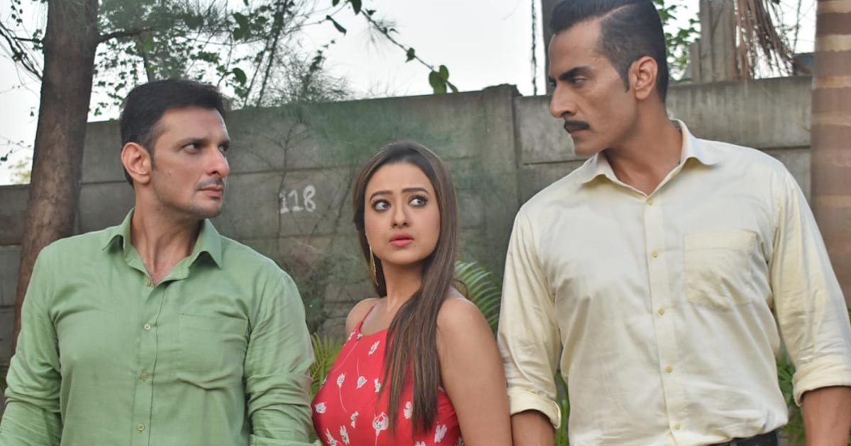 Anupamaa Daily Update: Kavya Finally Gets Divorced & Forces Vanraj To Get Married