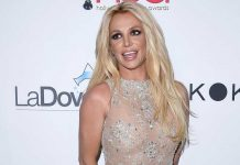 Britney Spears likes experimenting with her hair