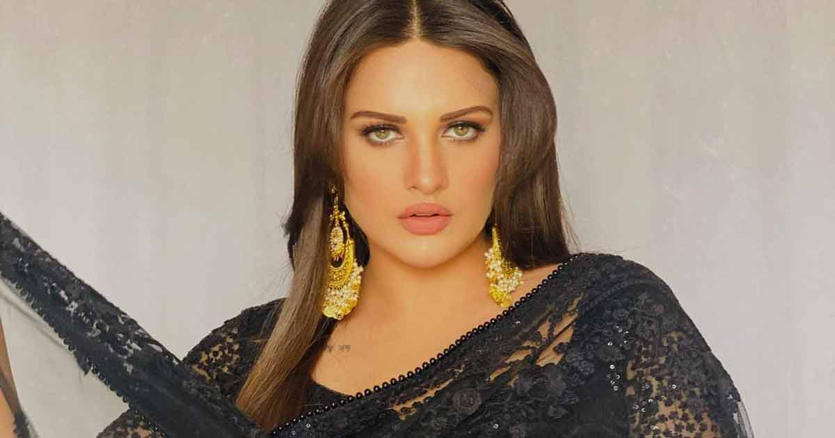 Exclusive! Himanshi Khurana Is All Set For Bollywood!