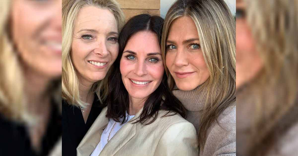 Jennifer Aniston Reveals Stealing Monica's Dress From Friends Sets