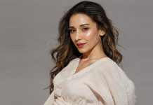 Heli Daruwala nails it with latest photo-op