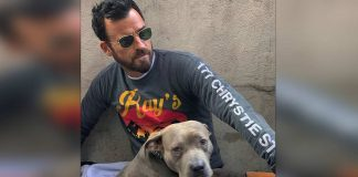 Justin Theroux likes to sleep next to his dog