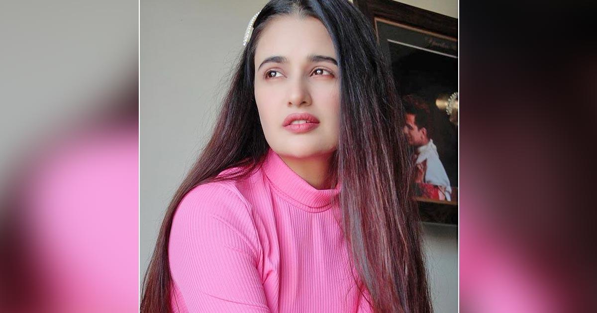 Netizens Demand The Arrest Of Yuvika Chaudhary For Using Casteist Slur