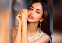 """Priya Banerjee requests the government for vaccination. Says, """"I tried to book a slot, the vaccination is nowhere available"""""""