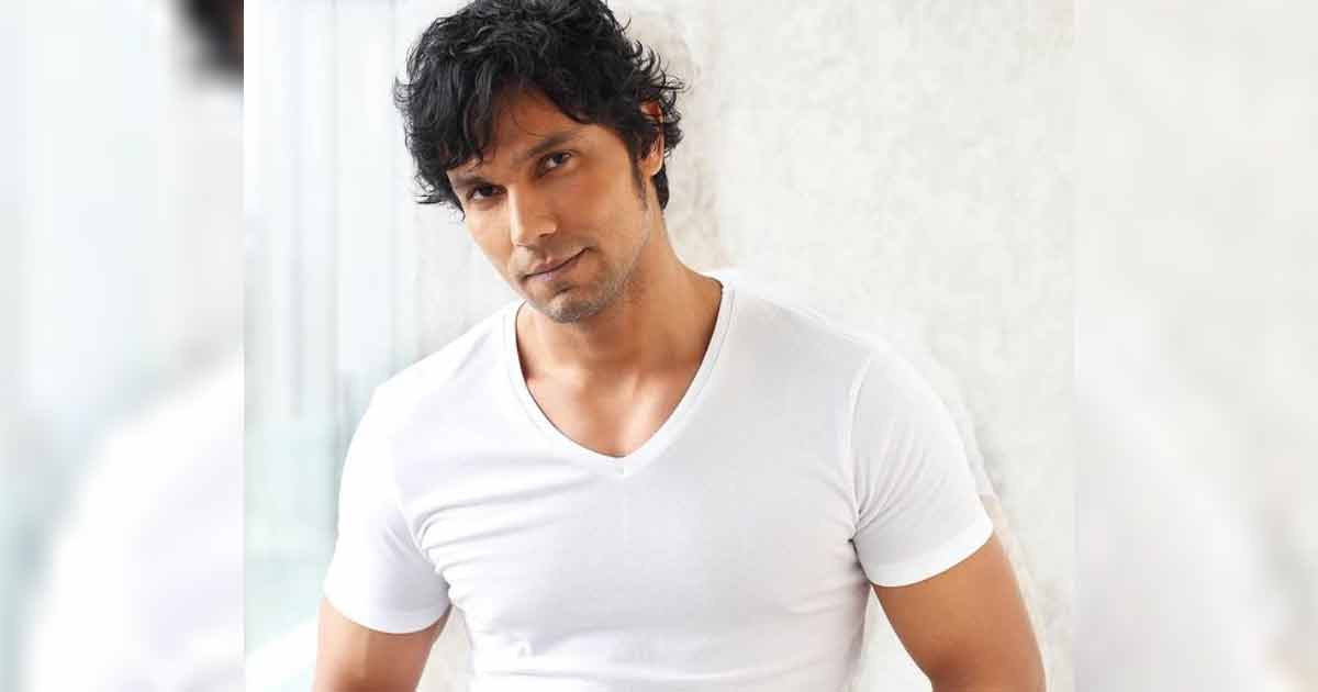 Randeep Hooda teams up with Khalsa Aid to Provide Oxygen Concentrators urges fans to contribute
