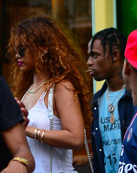 """Rihanna Was """"Too Wild To Handle"""" & More - Reported Reasons Behind Her Dramatic Break-Up With Travis Scott, Read On"""