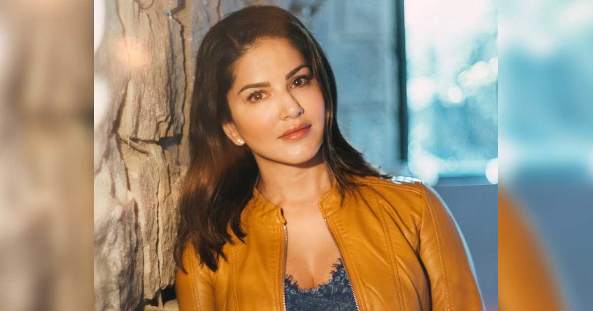 Sunny Leone asks fans what they like to eat!
