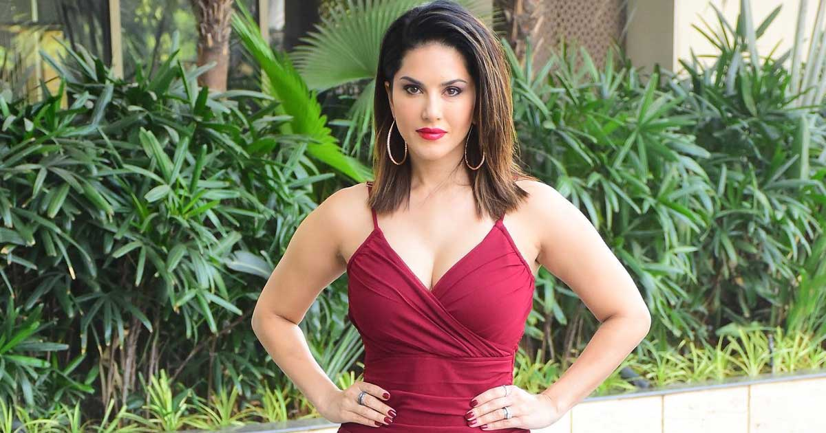 Sunny Leone 'got no moves' but still 'owning' it