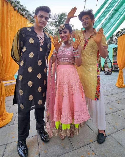 'Yeh Rishta Kya Kehlata Hai': The Goenkas have a ball at Sirat and Ranveer's haldi celebration